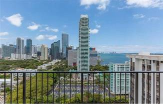 1901 Brickell Ave, Miami, FL 33129